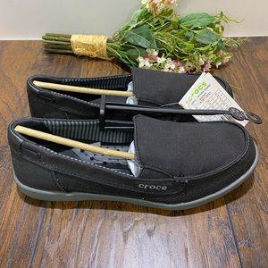 CROCS Women's Walu Canvas Loafer size 9